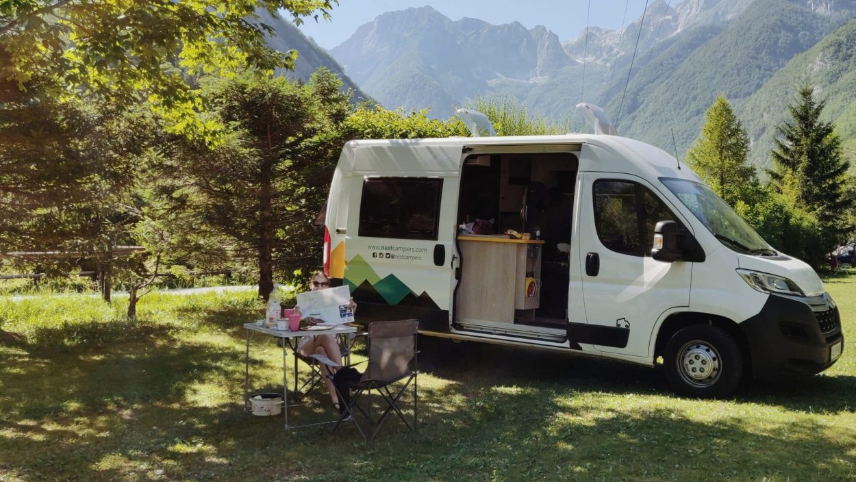 Campervan en los Alpes