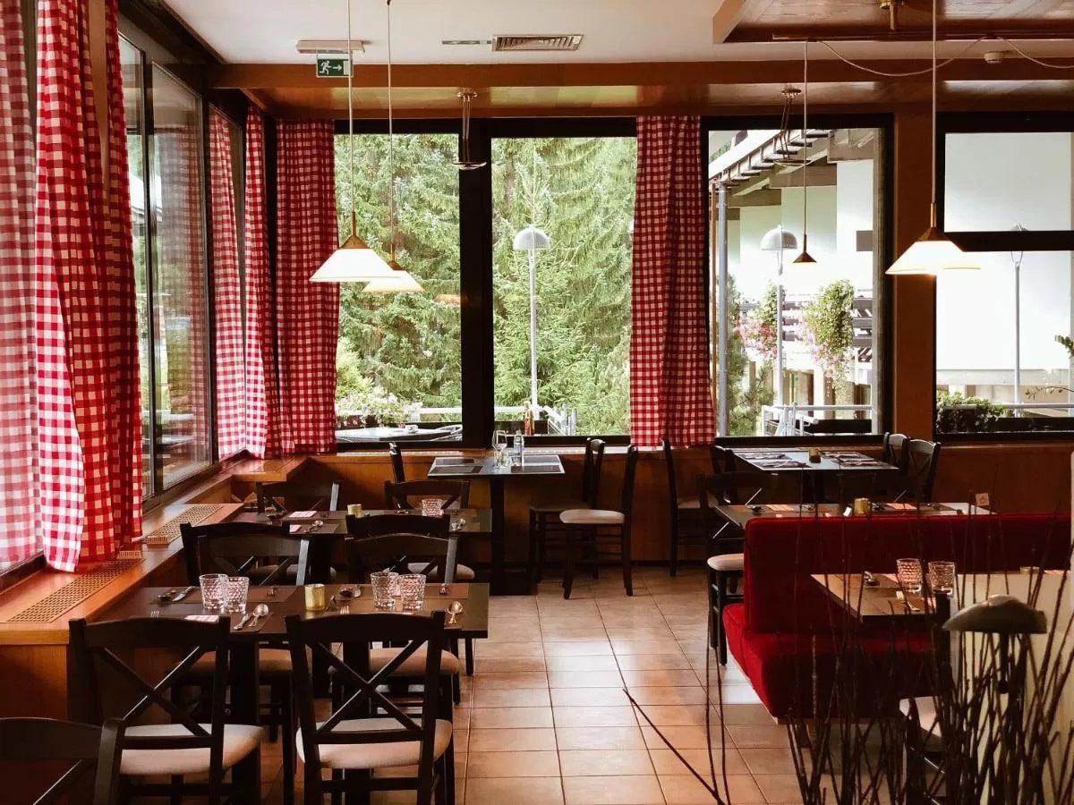 Best Western Kranjska Gora breakfast area