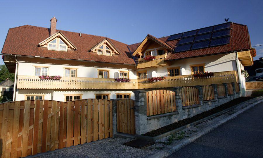 Garni Hotel Berc front
