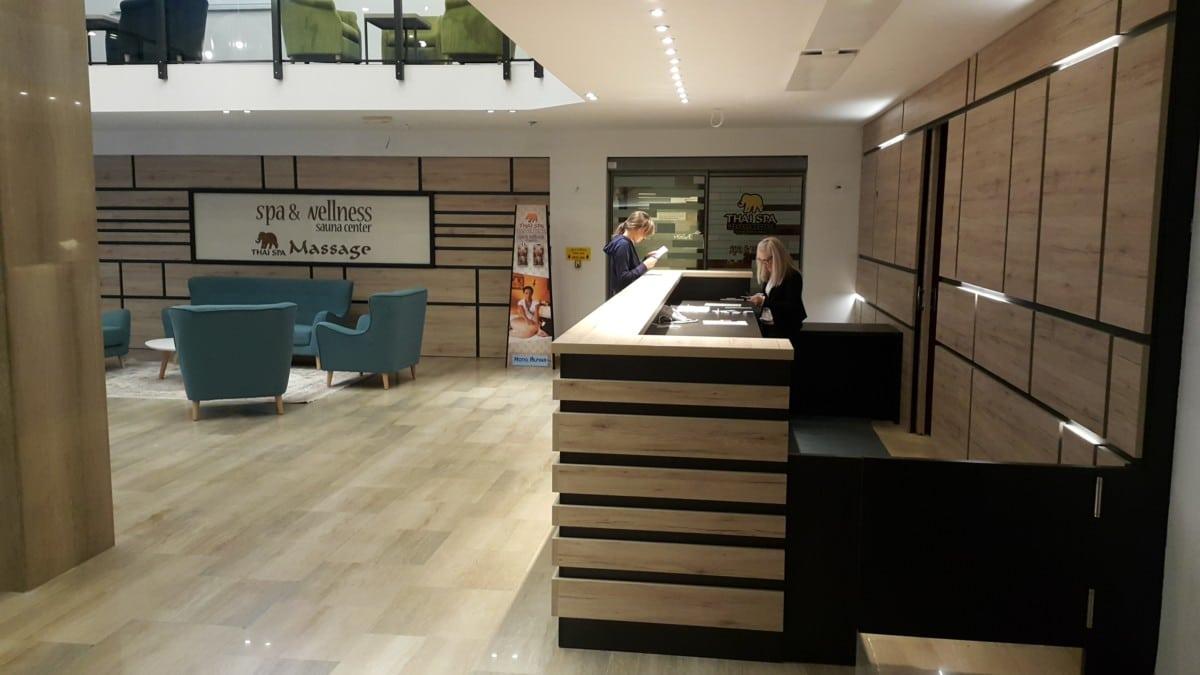 Hotel Alpina reception