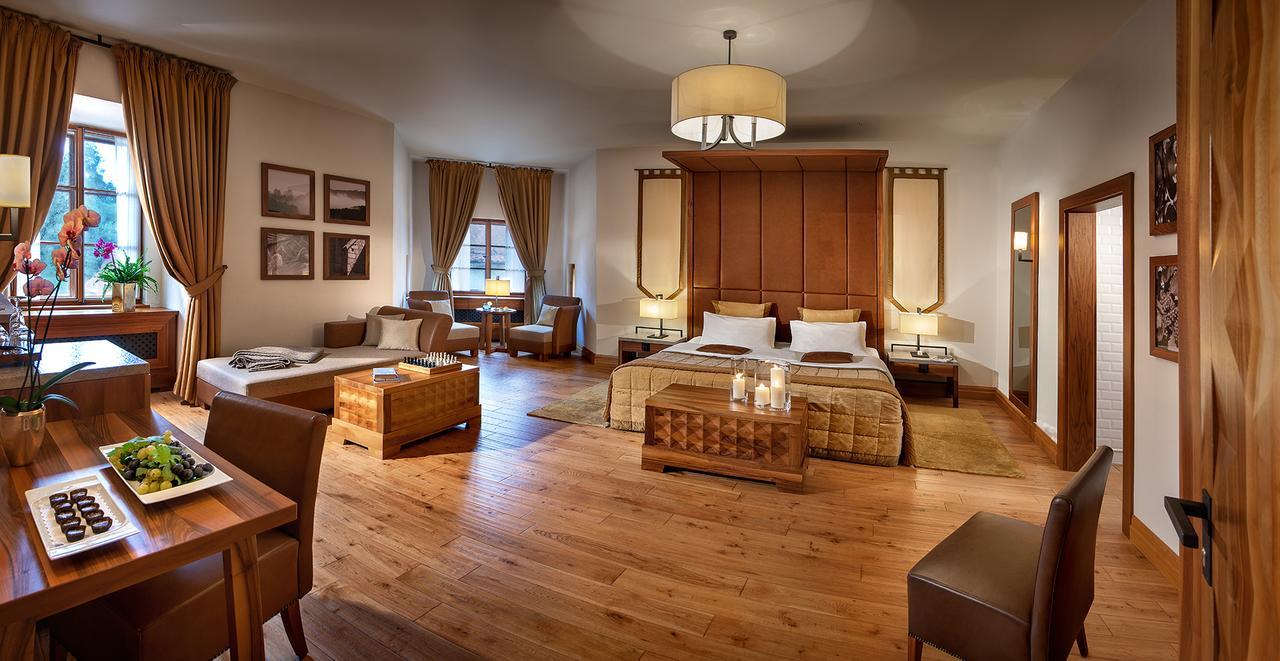 Hotel Grad Otočec suite