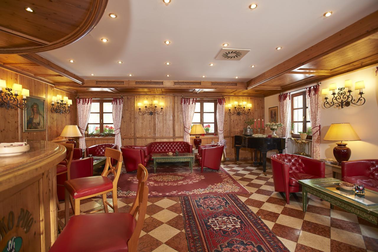 Hotel Plesnik lobby