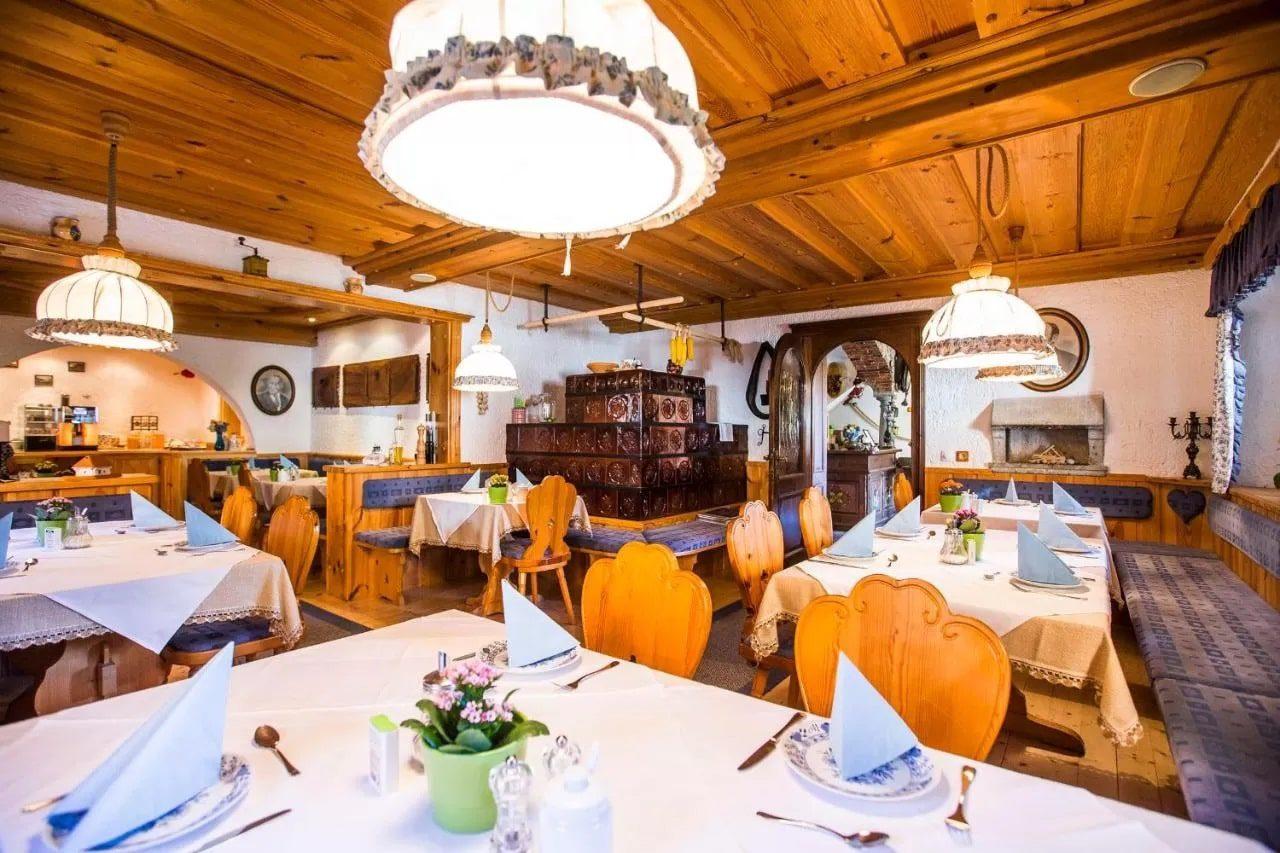 Penzion Berc breakfast area