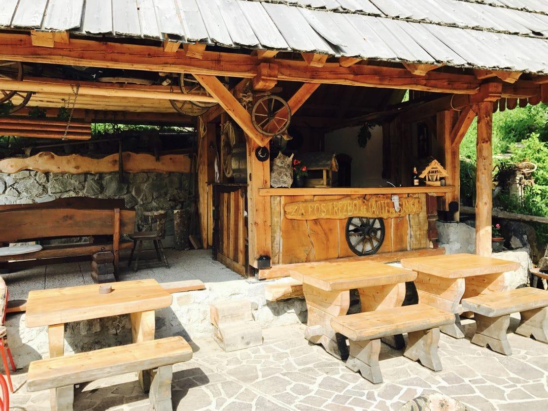 Petrovo Brdo outdoor seating
